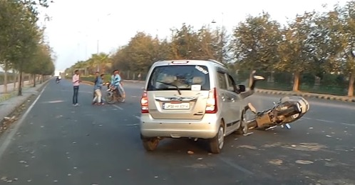 THIS is why you should check your mirrors before turning [Video]