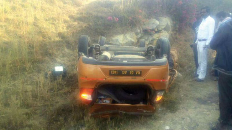 Shocking accident: Driver distracted by phone call; crash kills 3 MBA students