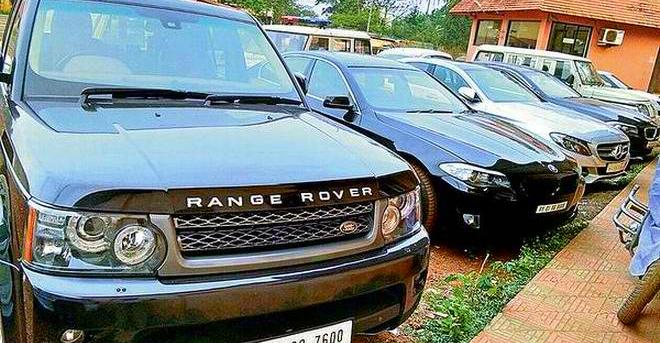 Range Rover, Mercedes Benz & 2 BMWs seized by Motor Vehicles Department: Here is why