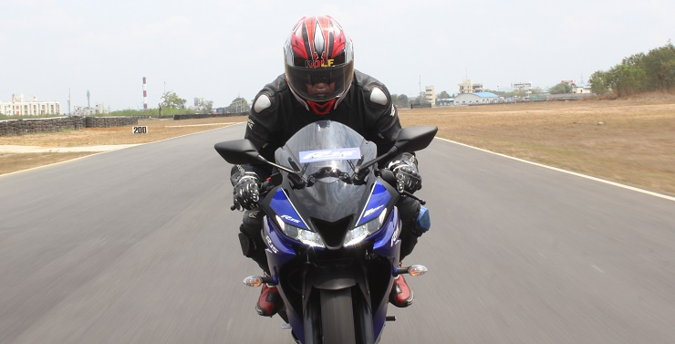 New 2018 Yamaha YZF-R15 review: The emperor strikes back