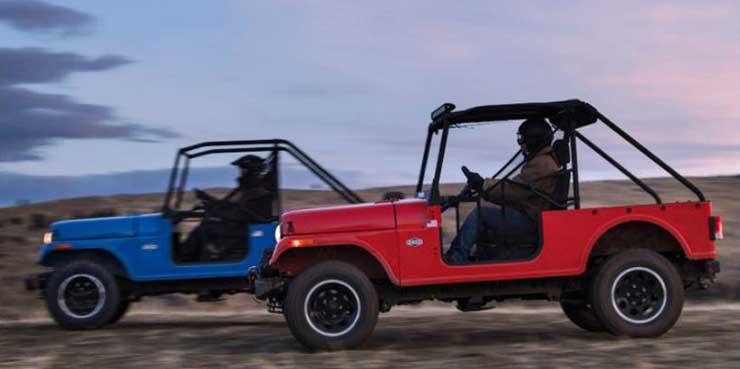 mahindra roxor images red blue side profile