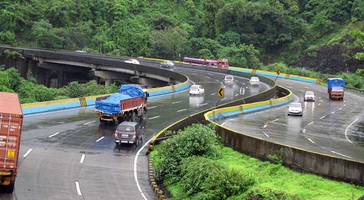 Nitin Gadkari approves higher speed limits on India's national highways and expressways