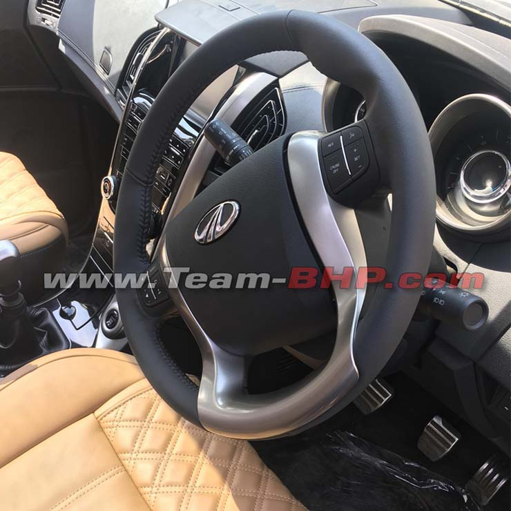 2018 Mahindra XUV500 facelift-interior dashboard steering wheel