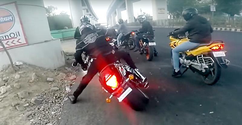 400 kilo Suzuki Intruder motorcycle falls; How to handle a heavy bike [Video]
