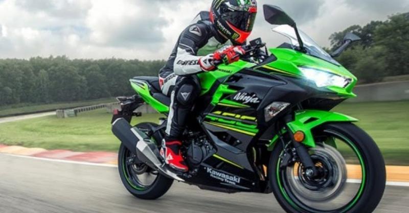 Kawasaki Ninja 400 launched in India; Priced double of KTM Duke 390