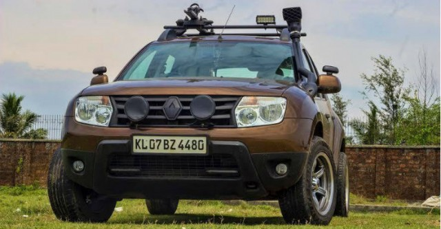 Cliffhanger dacia duster