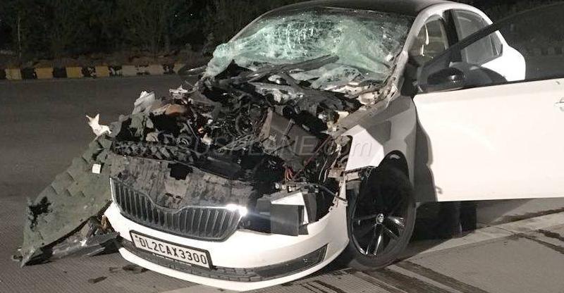 Skoda Rapid in a MASSIVE rear-ending crash; Owner thanks car's 'German build quality' for saving lives