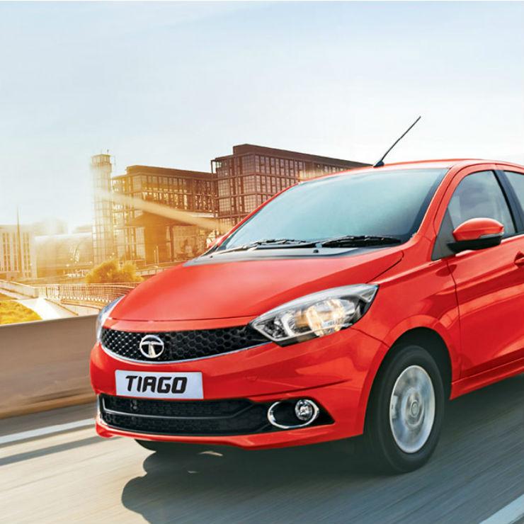 India's FASTEST Budget Petrol Hatchback: Maruti Swift Vs