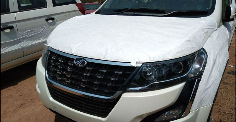 2018 Mahindra XUV500 revealed in clearest pictures till now!