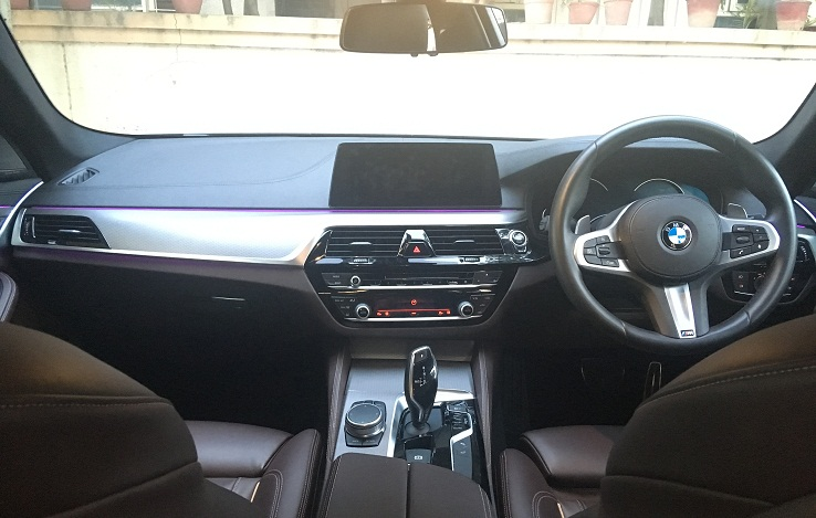new bmw 5 series 530d m sport review images interior dashboard