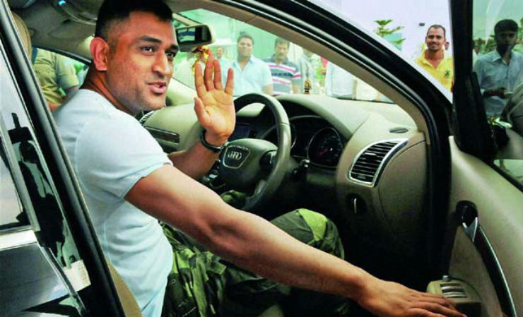 Who Owns Range Rover >> MS Dhoni's collection of cars & motorcycles: From Hummer ...