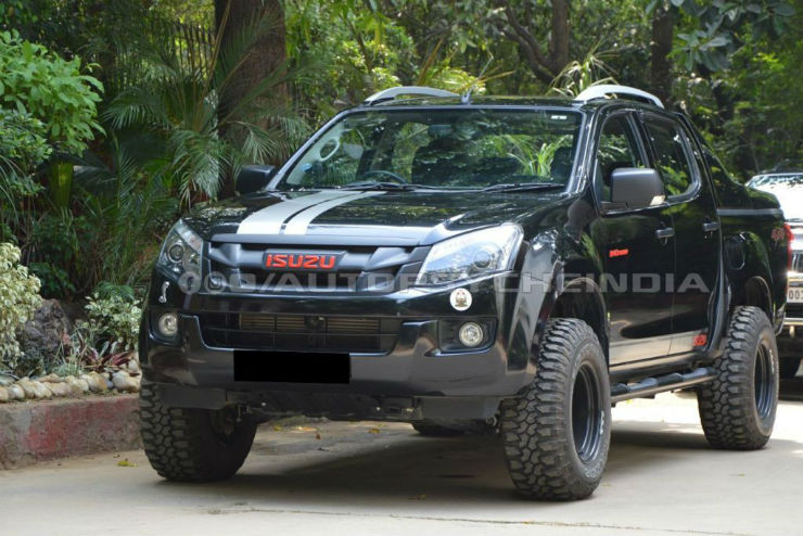 a modified isuzu v cross can have monstrous street. Black Bedroom Furniture Sets. Home Design Ideas