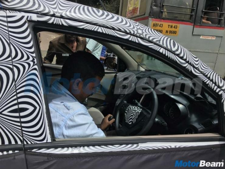 Next-gen Hyundai Santro interior spied