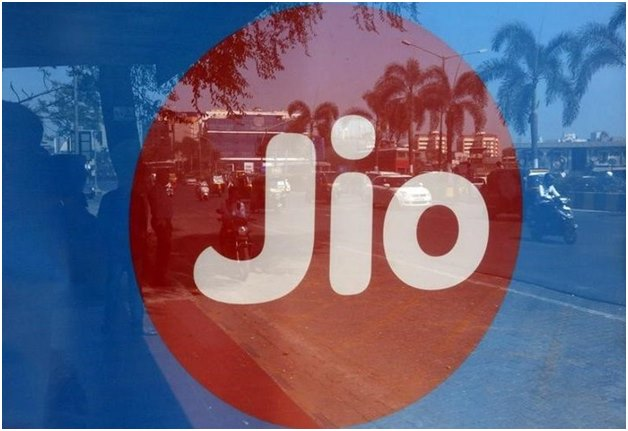 Reliance Jio gives 8 GB data for IPL season