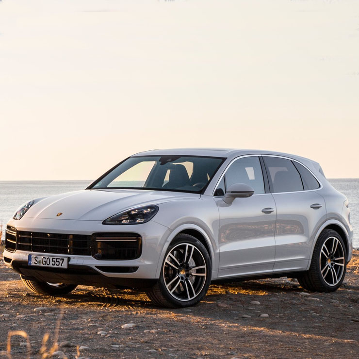 Used Turbo Suv: Third-generation Porsche Cayenne Turbo High-performance