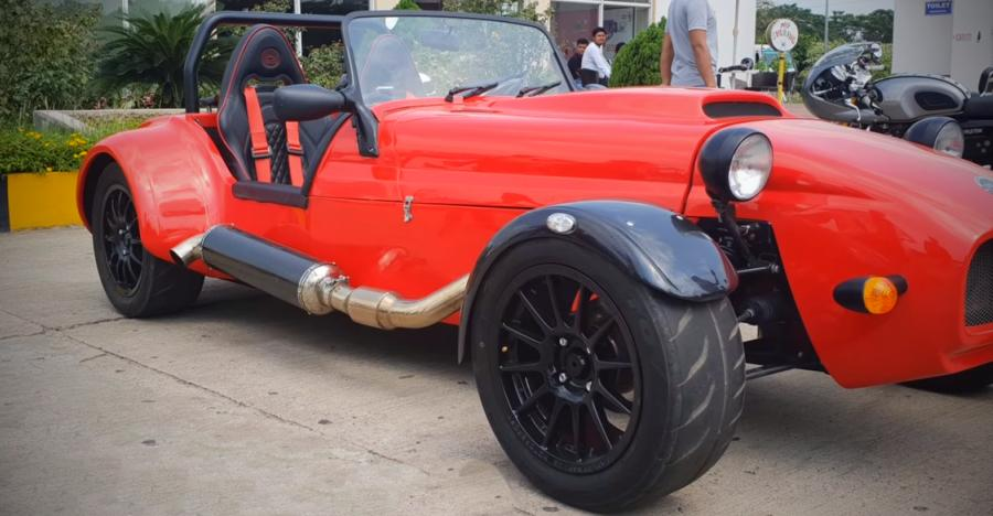 GORGEOUS Caterham-inspired sports car built by Indian students is powered by a 250 Bhp Ford engine [Video]