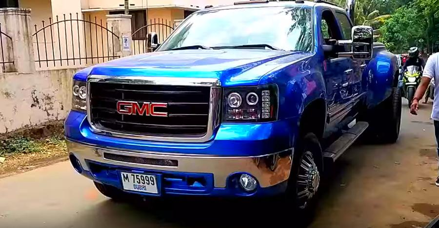 Monster Suvs Of India Caught On Video Mercedes G63 6x6 To Gmc Sierra