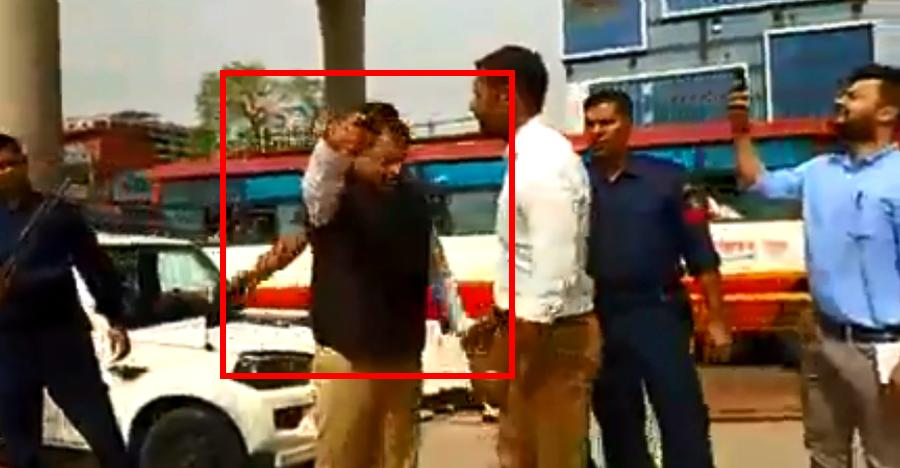 Minister gets stuck in toll booth traffic jam; Orders FREE passage for all vehicles [Video]