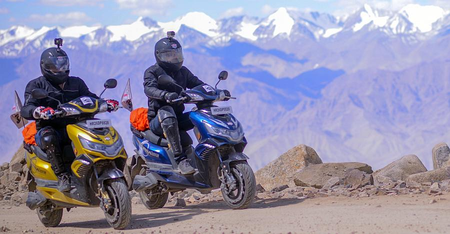 Okinawa Praise becomes India's first electric scooter to reach Khardung La