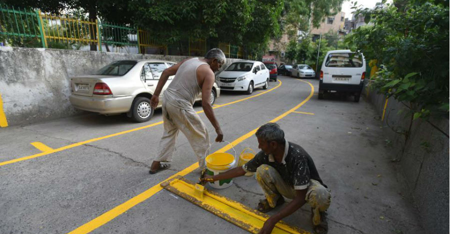 Two legal parking spaces for every home in Delhi to unclog the roads: Delhi Government