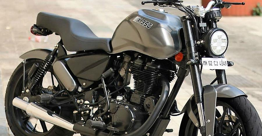 Royal Enfield Thunderbird gets a SPORTY custom job to become a street fighter