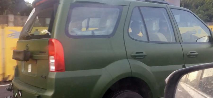 Tata Safari Storme Army Edition spotted in New Delhi – Video
