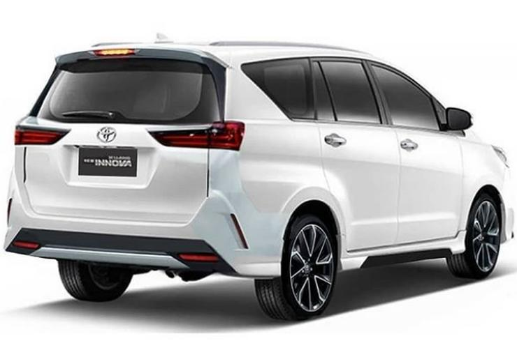 Toyota Innova Crysta Facelift: What It'll Look Like