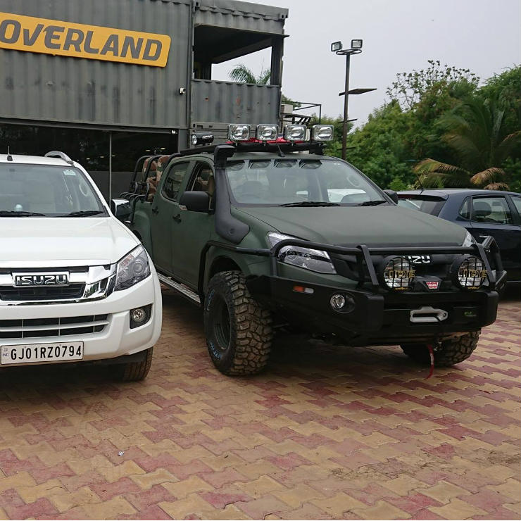 Best Overland Vehicles >> Isuzu V-Cross modified into a 9-seater! Here's how