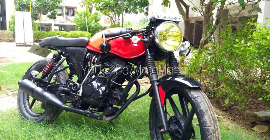 Bajaj XCD125 modified into a gorgeous little cafe racer