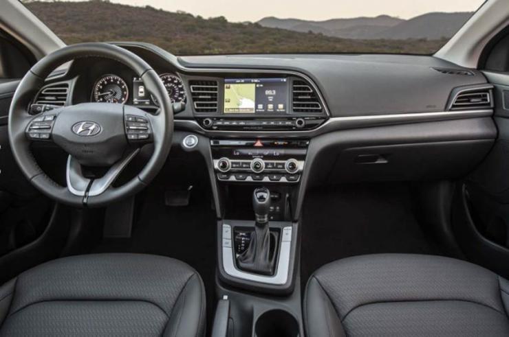 2019 Hyundai Elantra Facelift 4