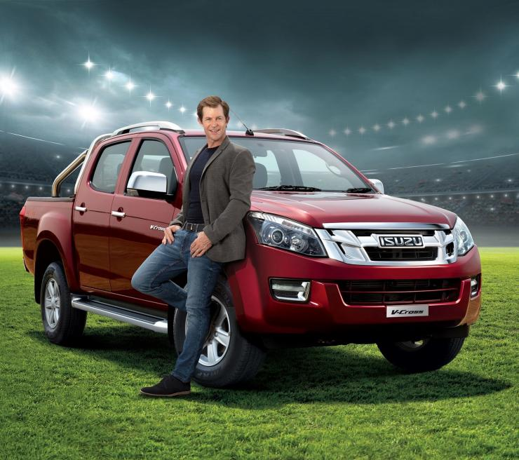 Jonty Rhodes With Isuzu V Cross
