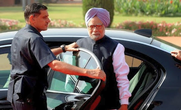 Manmohan Singh In His Bmw