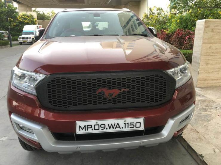 ford endeavour mustang grille