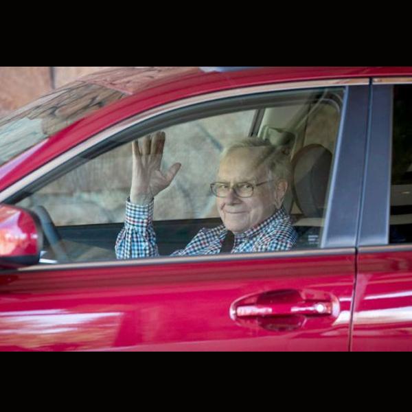 Warren Buffet Cadillac Xts