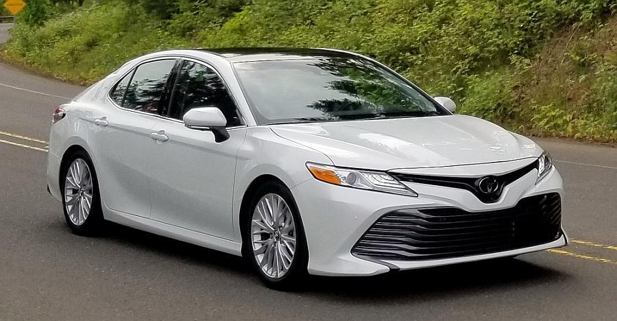 2018 Toyota Camry hybrid spotted testing in India: Skoda Superb, Honda Accord rival