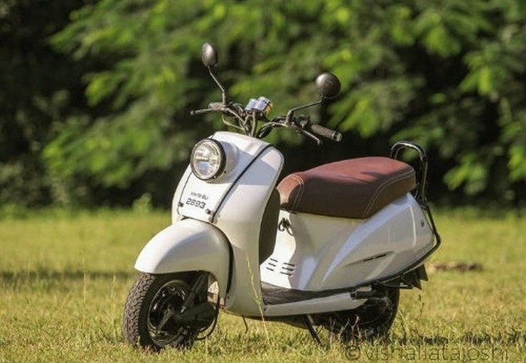 This Honda Activa to Scoopy conversion is retro-cool