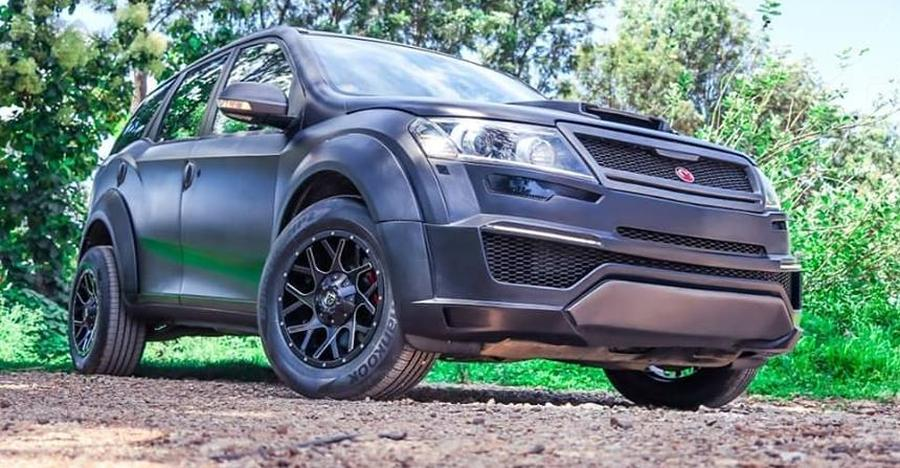 Mahindra Xuv500 With Motormind Madmen Kit Featured