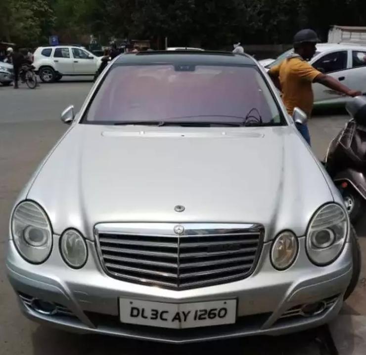 Mercedes Benz E Class 200 Cgi