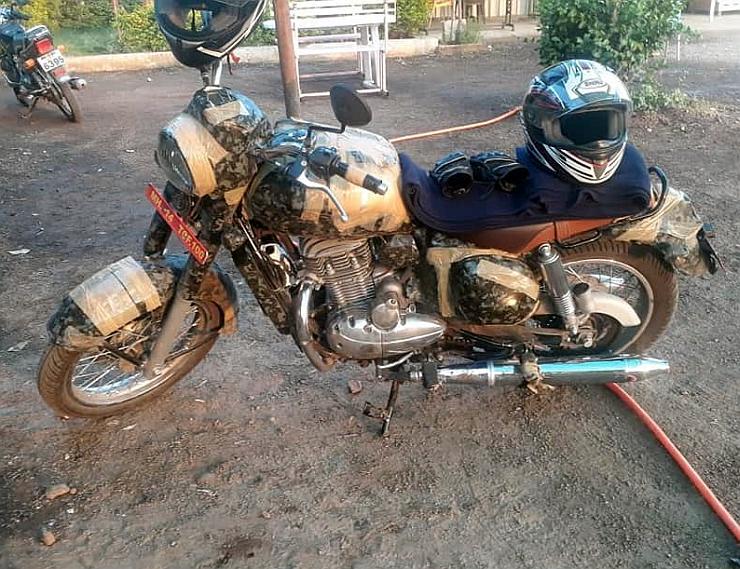 Jawa 300cc Motorcycle Spyshot 1