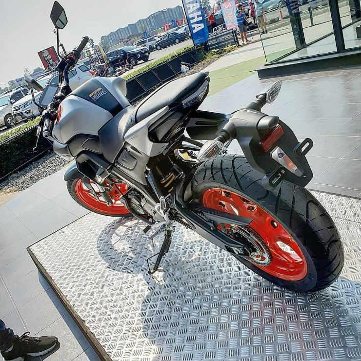 R15 Bike Wallpaper: Yamaha To Launch MT-15 To Take On Bajaj Pulsar, TVS Apache