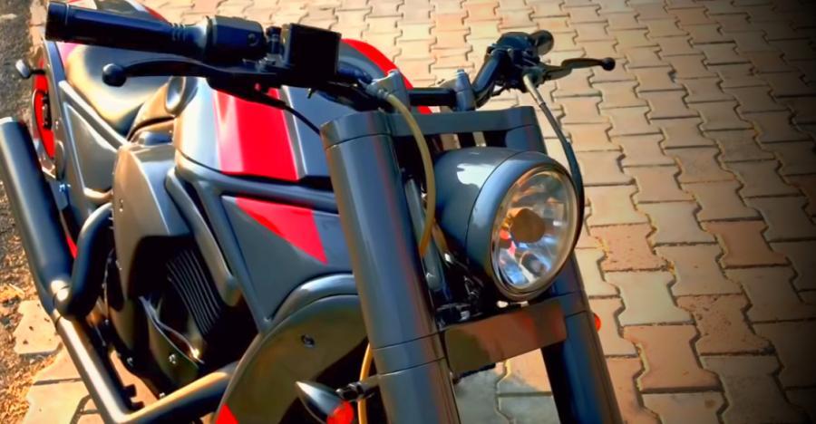 This Bajaj Avenger wants to be a Harley Davidson [Video]