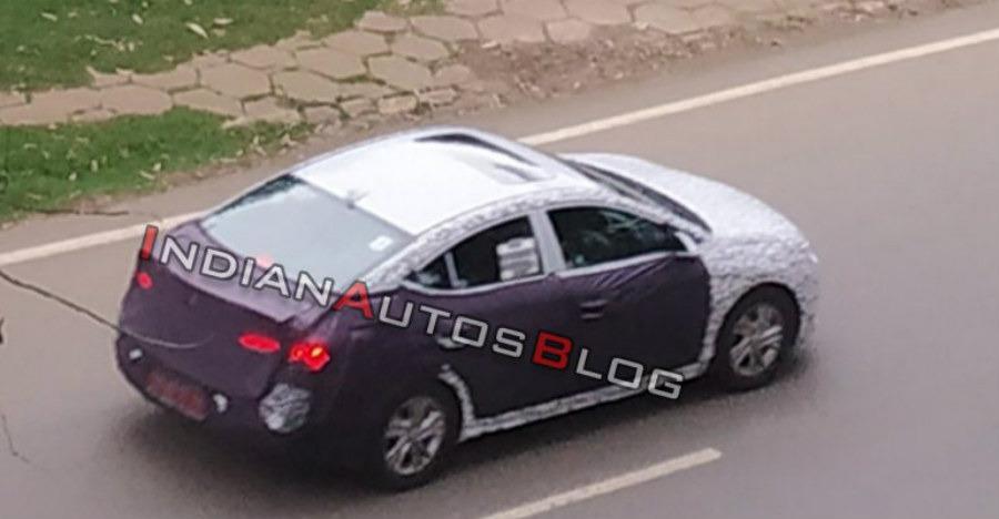 2019 Hyundai Elantra Facelift spied testing