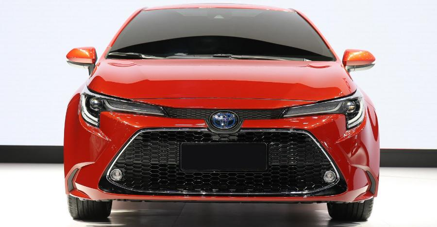 2020 Toyota Corolla Altis Featured