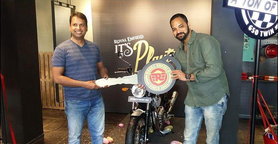 Royal Enfield Starts Deliveries of Interceptor 650: First pictures