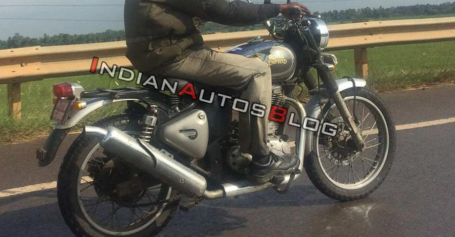 Royal Enfield Classic 500-based Scrambler SPIED
