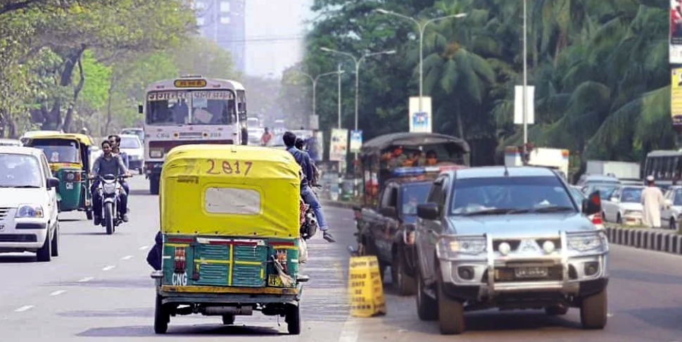 Lifetime ban for wrong-side drivers in Gujarat