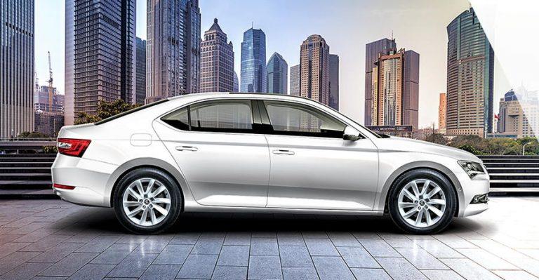20190116 Škoda Superb Corporate Edition Feature