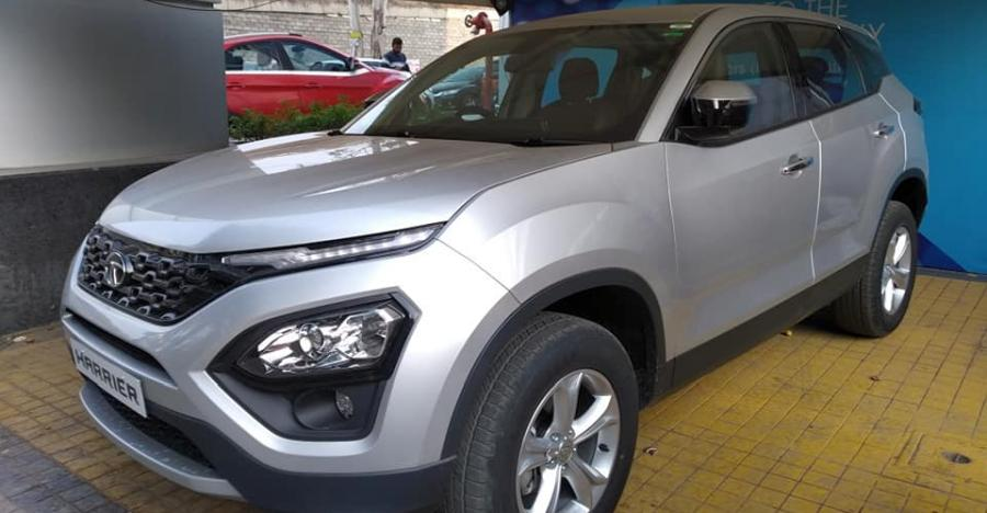 Tata Harrier In Silver Featured