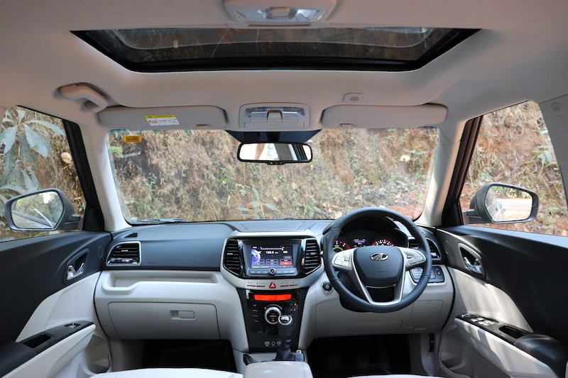 30mahindra Xuv300 Pictures