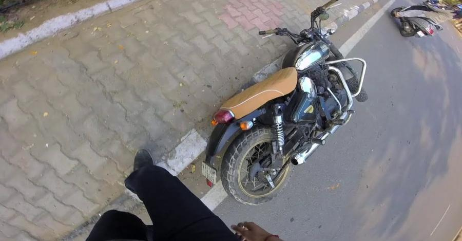 Royal Enfield Classic Chrome 500 Crash Featured